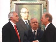 Prefeito de Lajeado Luís Fernando Schmidt, o Deputado Dr. Basegio e Nelson Eggers